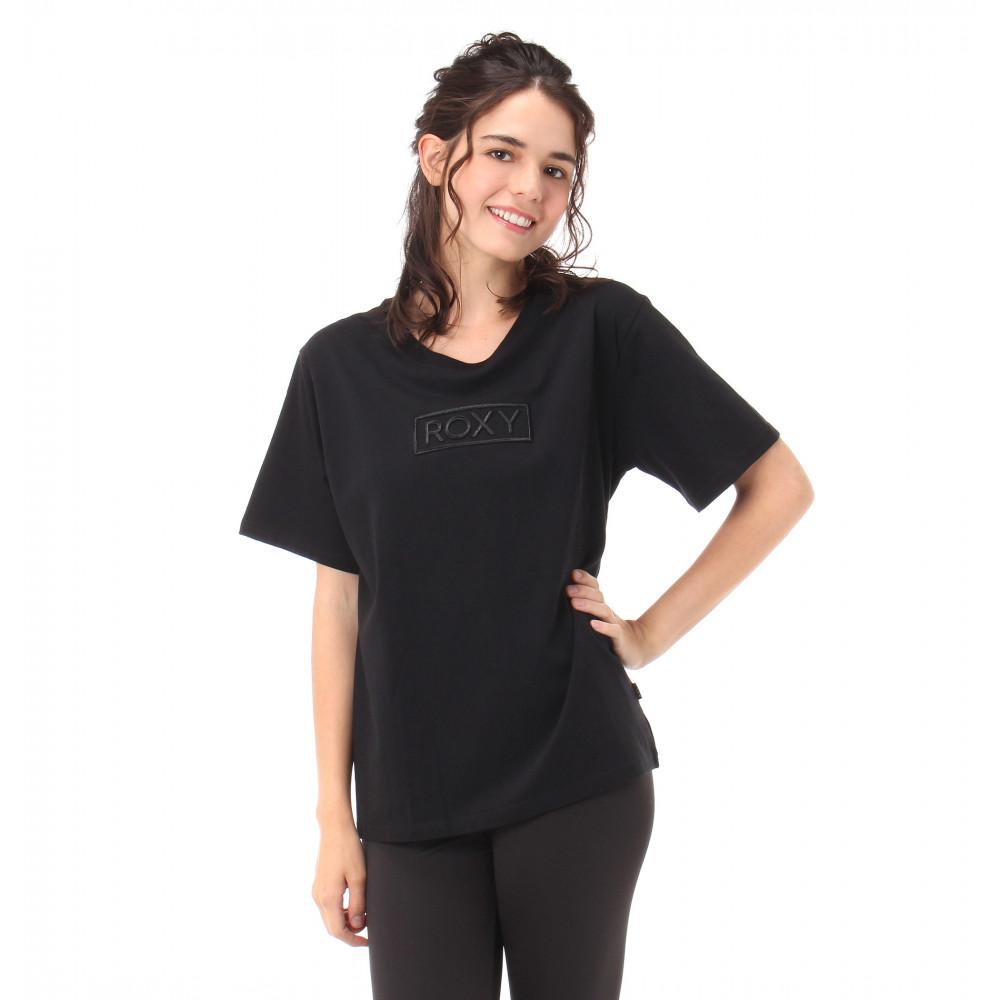 3D刺繍ロゴ Tシャツ